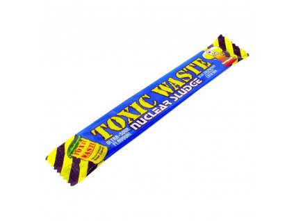 toxic waste nuclear sludge sour blue raspberry flavour chew bar 5100 p